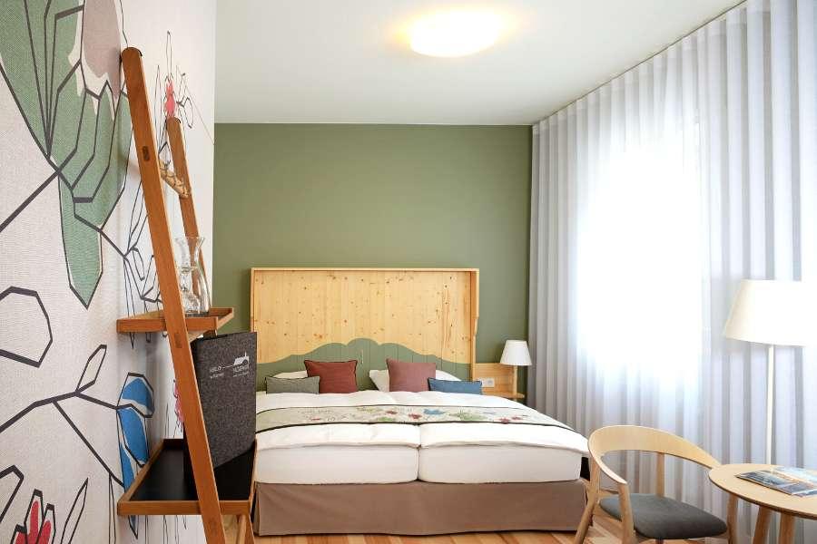 Zimmer 01 - 4-1 - 900x600